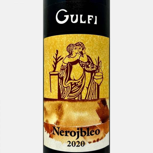 Červené víno-26130715