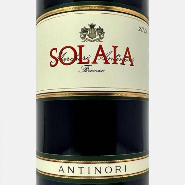 Bílé víno-25080219